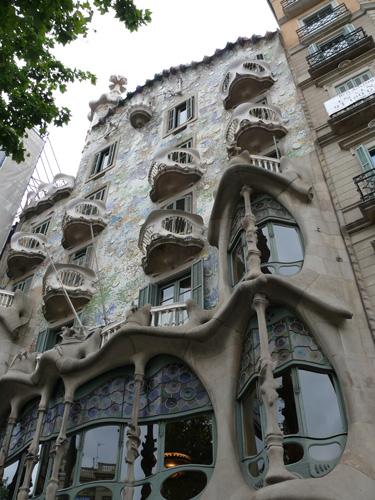 Gaudi-front