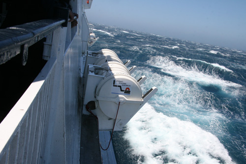 Rolling-sea